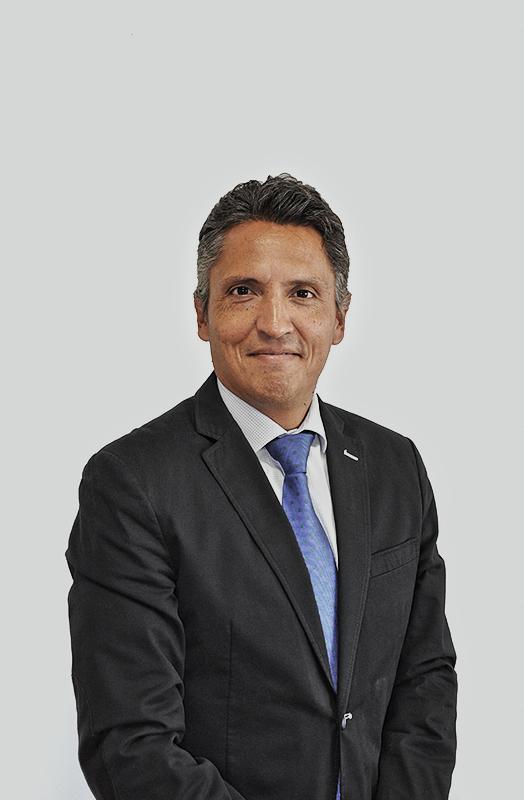 Héctor García Quintanilla)